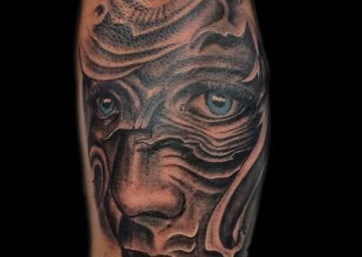 moon-face-tattoo